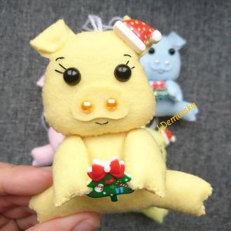 Новогодняя игрушка свинка