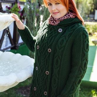 """Вязаное пальто """"Зеленый чай"""" двубортное с капюшоном"""