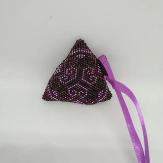 Фиолетовый кулон в этно стиле