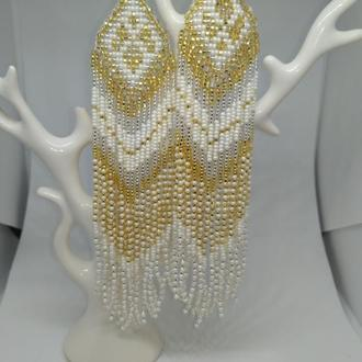 Бело-золотые длинные серьги