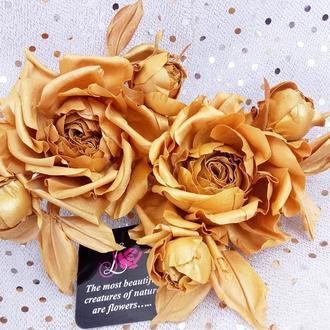 Розы «Королевское золото.» Цветы из ткани