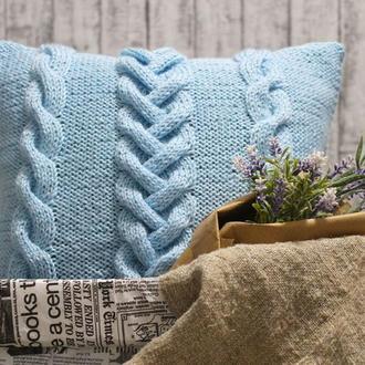 Интерьерная подушка вязаная спицами