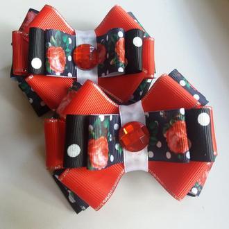 Красно-черные банты
