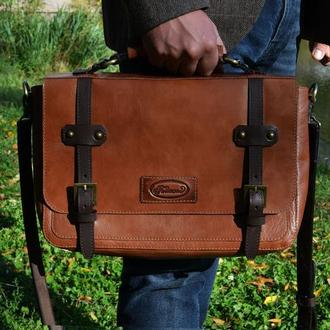 Кожаная сумка-мессенджер для мужчин (коричневая)