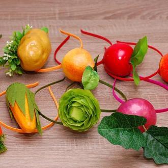 Обруч ободок на праздник осени морковка, буряк, капуста, кукуруза, груша, яблоко