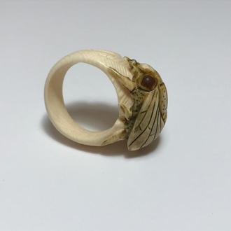 """Кольцо из бивня мамонта """"Муха"""""""
