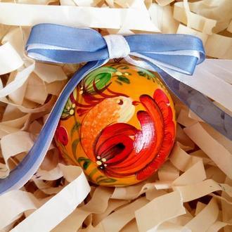Новогодняя игрушка, деревянный елочный шар с ручной росписью.