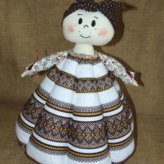 Народная баба-грелка для чайника коричневая, авторская ручная работа