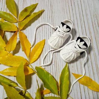 Пинетки-кроссовки,пинетки вязаные,вязаные пинетки на мальчика