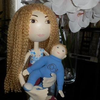 Кукла из фоамирана (мама с малышом)
