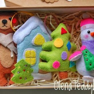 Набор игрушек на ёлку из фетра