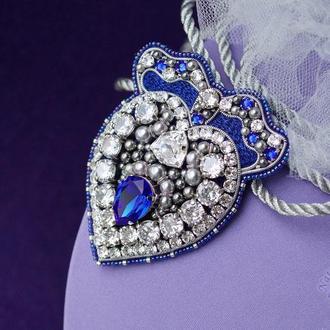 Брошь-сердце с кристаллами Swarovski и фианитами