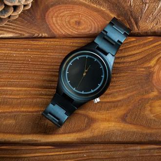 Деревянные часы Плутон с гравировкой (мужские)