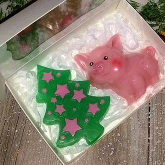 Сувенирное мыло на Новый год: набор Ёлка и поросенок Хрюша
