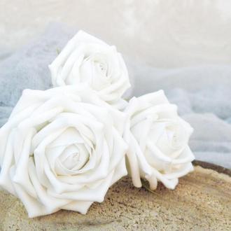 Шпильки с белыми розами 3 шт, Цветы в прическу невесте, Красивые шпильки с цветами