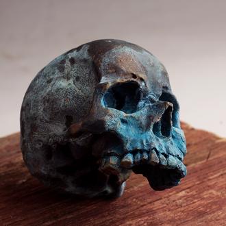 Декоративный медный череп