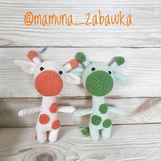 Разноцветные жирафики
