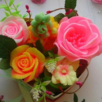 """Букет мыльных цветов в коробке """"сердце"""""""