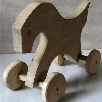 Деревяна народна іграшка