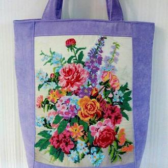 Дизайнерская сумка с вышивкой бисером