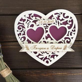Именная деревянная подставка для свадебных колец