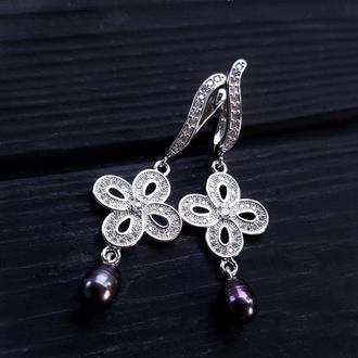 Сережки з натуральними білими чи чорними перлами та кристалами серьги с черным жемчугом