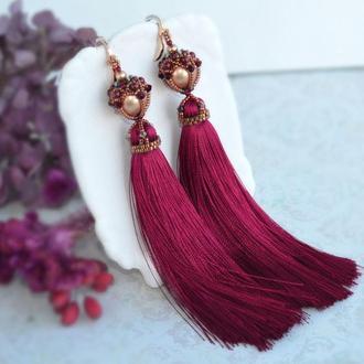 Красные серьги-кисти с жемчугом Сваровски, длинные серьги , рубиновые серьги-кисти