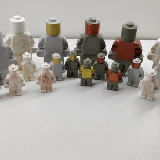 Продам статуэтки Лего из бетона