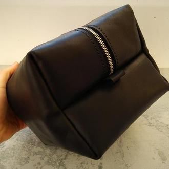 Кожаная косметичка несессер сумочка органайзер  женская