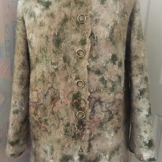 Пальто демисезонное Трава на песке,валяное ручной работы,из мериносовой шерсти и флиса альпаки