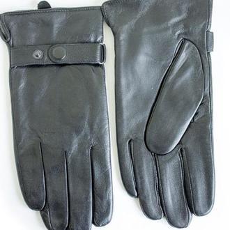 Мужские перчатки из натуральной кожи.