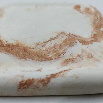 Подстаканник из бетона (подставка под горячее) квадратная - белый с оранжевым