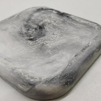 Подстаканник из бетона (подставка под горячее) квадратная - белый с черным
