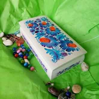 Деревянная шкатулка с Петриковской росписью
