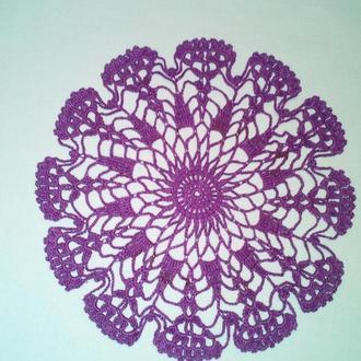 Салфетка красивого фиолетового цвета