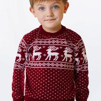 Светр для хлопчика з оленями