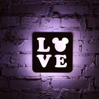 """Ночная лампа из натуральной древесины """"Love"""""""