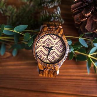 Деревянные часы Мириада с гравировкой (женские)