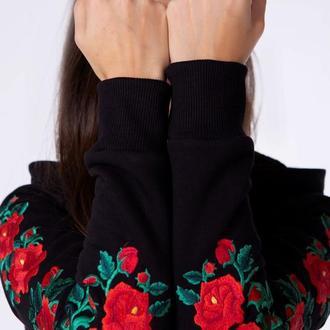 Худі жіноче з оригінальною вишивкою