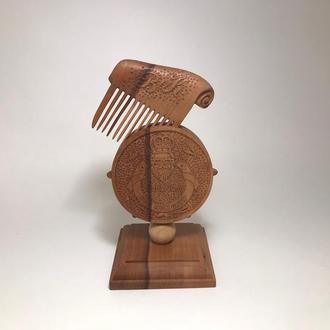 Гребень для волос деревянный на подставке Barber King