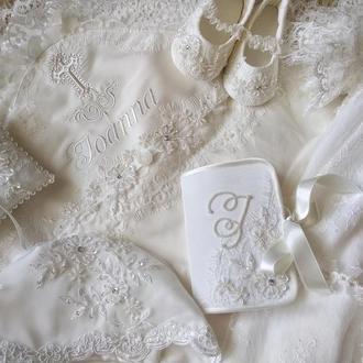 Комплект  для крещения Royal : крестильное платье и чепчик