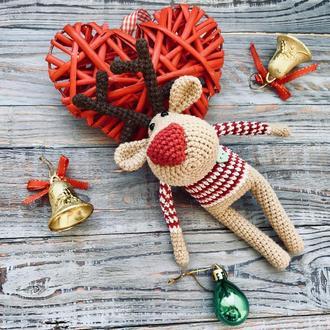 Новогодний олень, вязаная игрушка