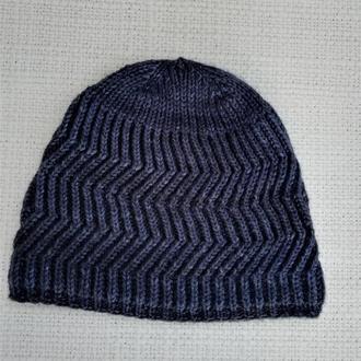 Зимняя шапка для мужчин.