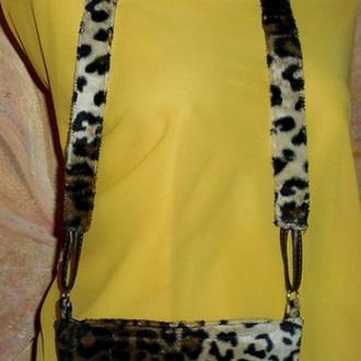 Модная миниатюрная сумочка