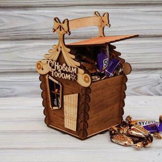 """Деревянный футляр, сундучок, коробка """"Сказочный домик"""" для новогодних сладостей"""