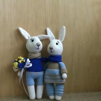 Семья зайцев