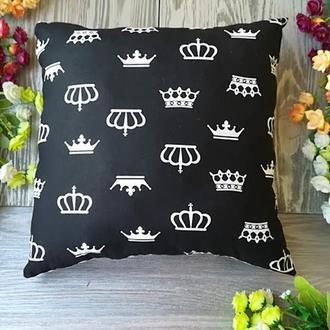 Подушка черно-белое королевство, квадратная