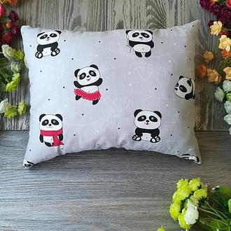 Подушка красные танцующие панды, 35 см * 28 см