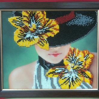 """Картина бисером """"Дама в шляпе"""""""