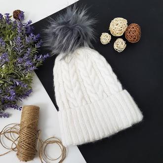 Белая шапка с серым бубоном ангора меринос мохер от bregoli design